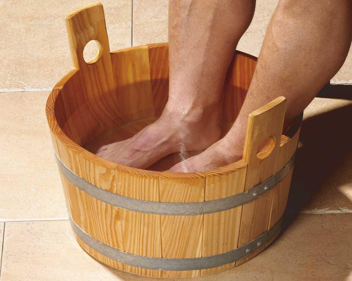 Weka Sauna Fußbadekübel aus Holz Bild 1